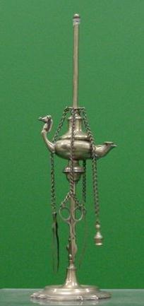 14: CONTINENTAL BRASS PEDESTAL DOUBLE FONT FLUID LAMP