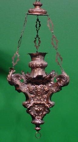 23: CONTINENTAL SANCTUARY LAMP