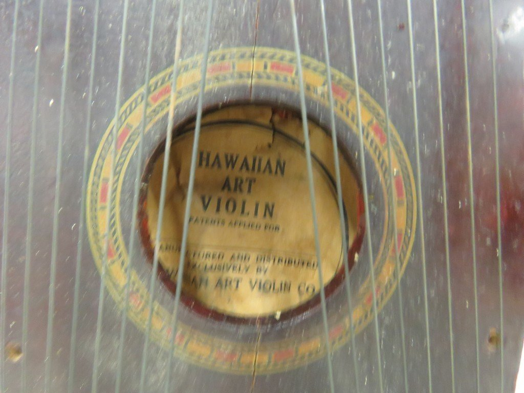 VINTAGE HAWAIIAN ART VIOLIN WITH ORIGINAL PAPERS. - 3