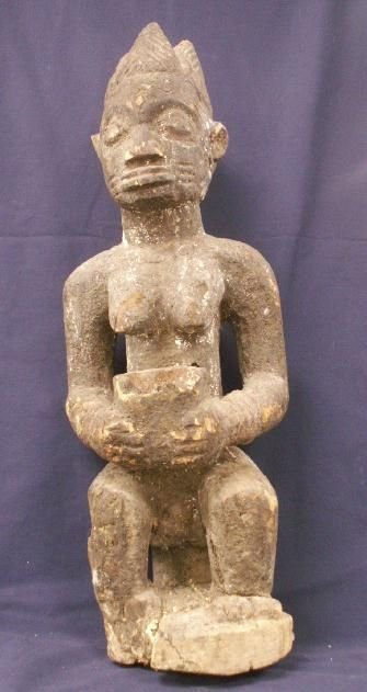 17: YORUBA CARVED FIGURAL OFFERING FIGURE