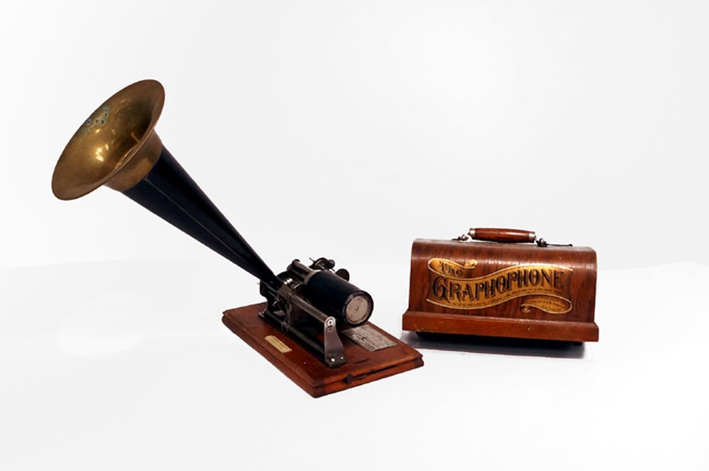 COLUMBIA GRAPHOPHONE TYPE B CYLINDER PHONOGRAPH WITH