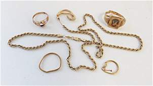LOT ASSORTED YELLOW GOLD SCRAP JEWELRY INCLUDING 14K