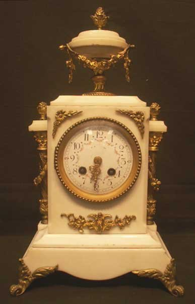 1022: FRENCH STYLE MARBLE/ORMOLU MOUNTED SHELF CLOCK