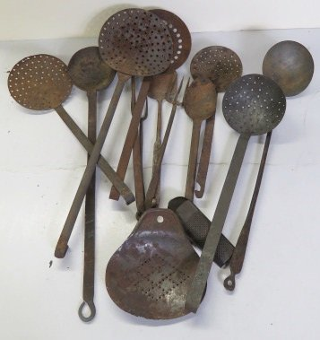 LOT ASSORTED WROUGHT IRON SKIMMERS, KITCHEN ITEMS, ETC,