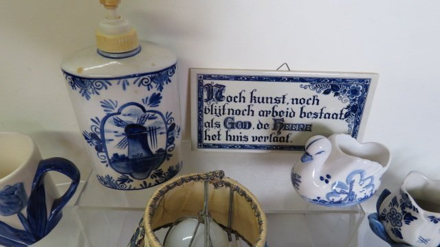 LOT ASSORTED DELFT POTTERY - 2