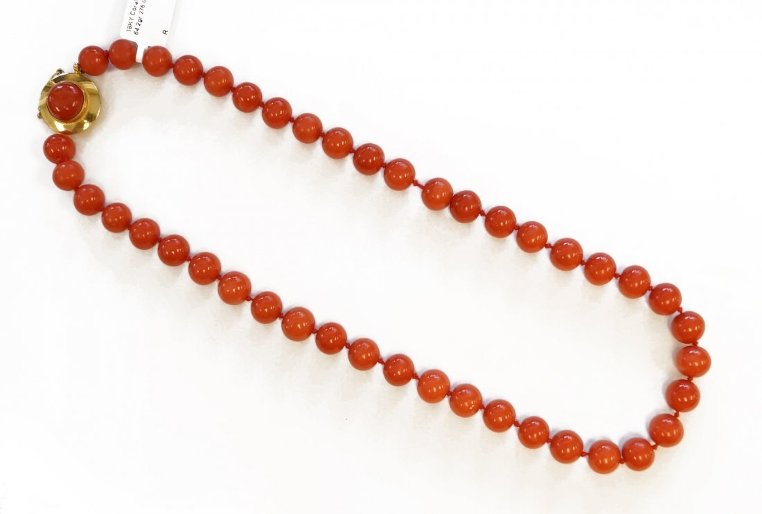 STRAND (44) CORAL 9.7-10.39 MM BEADED NECKLACE WITH 18K