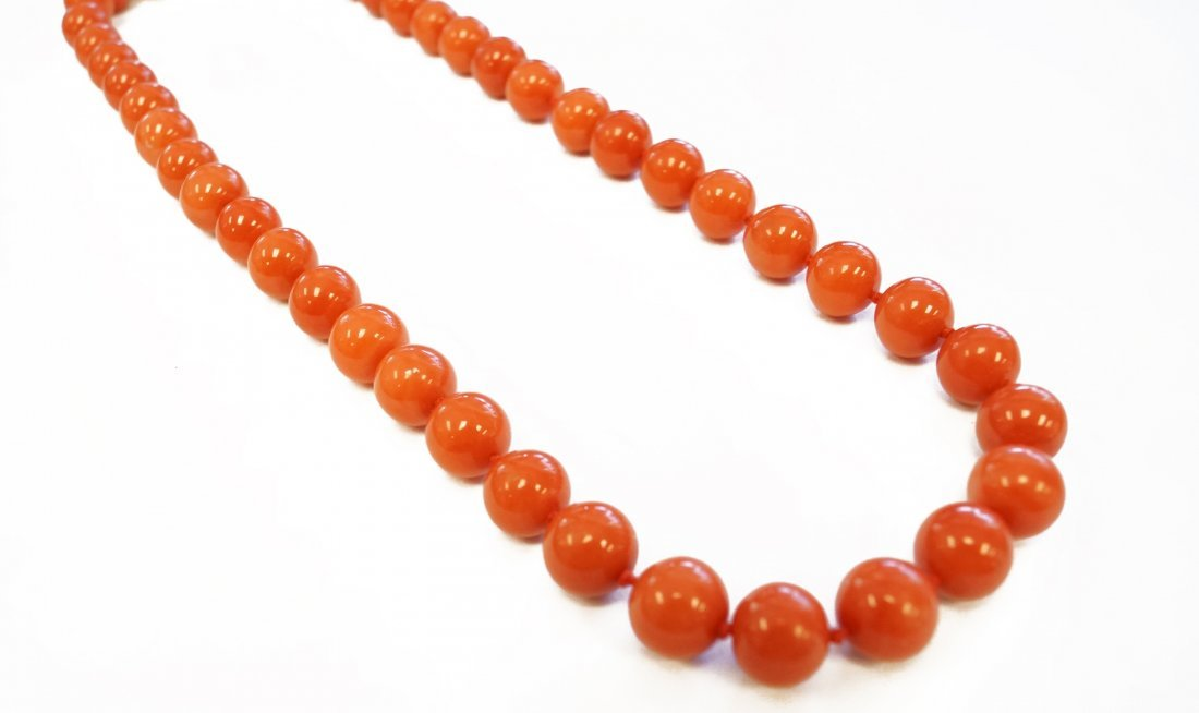 STRAND (44) CORAL 9.7-10.39 MM BEADED NECKLACE WITH 18K - 2
