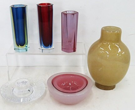 LOT (6) ART GLASS INCLUDING MURANO AND ORREFORS