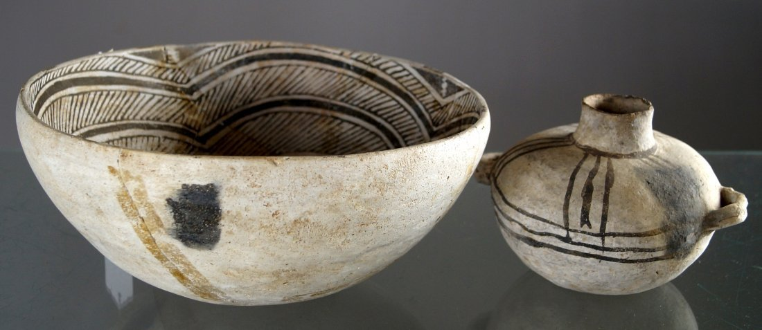 LOT (2) ANASAZI BLACK ON WHITE POTTERY, C.1100-1250AD