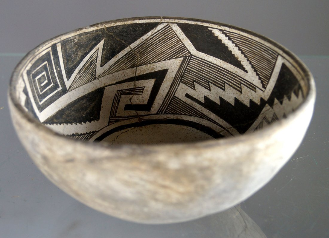 ANASAZI BLACK ON WHITE POTTERY BOWL, C.1100-1250AD.