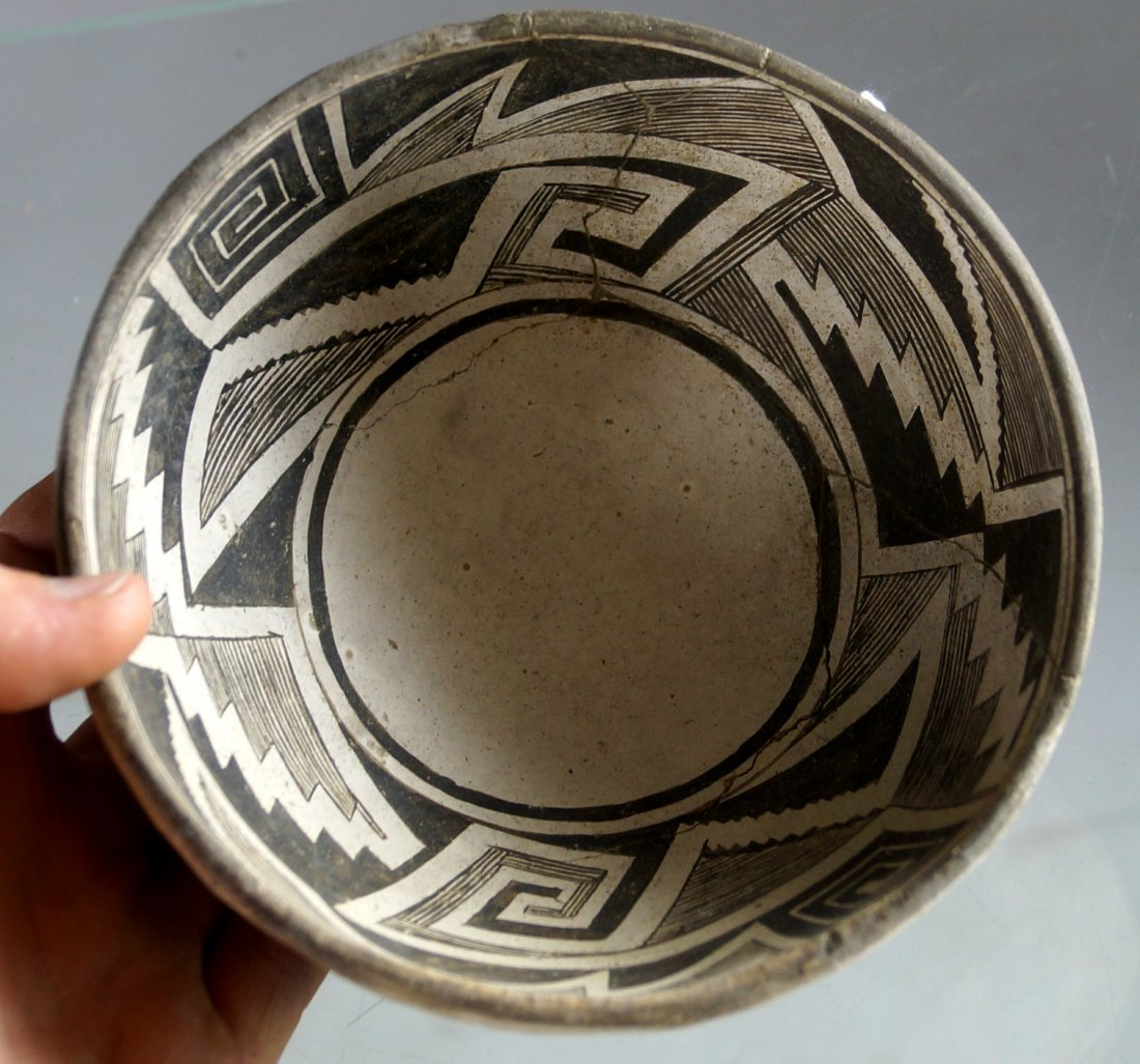 ANASAZI BLACK ON WHITE POTTERY BOWL, C.1100-1250AD. - 3