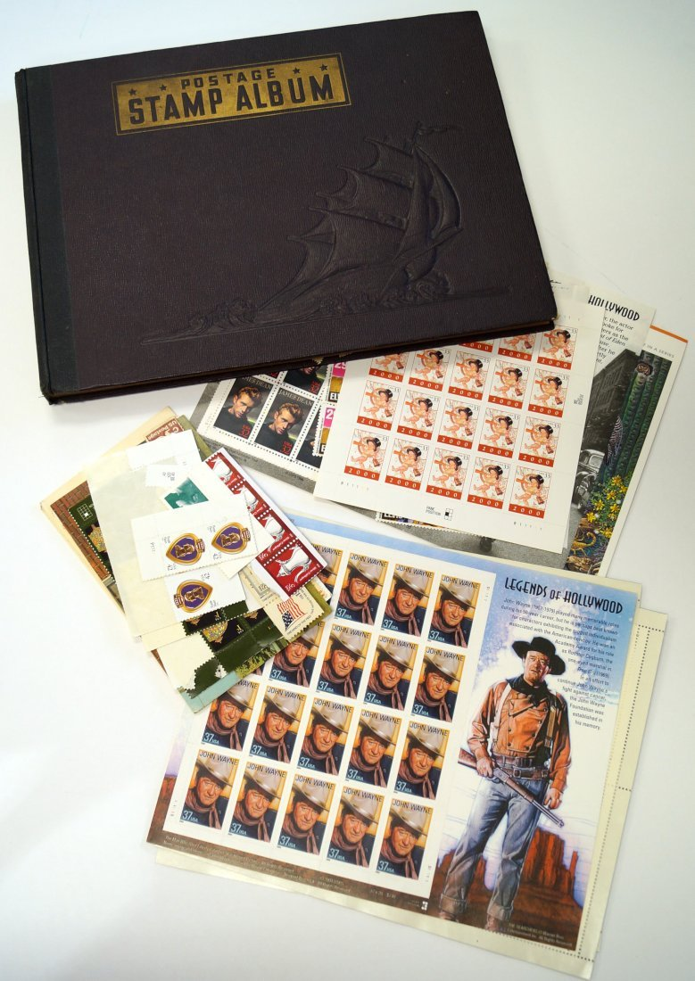 LOT ASSORTED US AND FOREIGN STAMPS/ALBUM INCLUDING