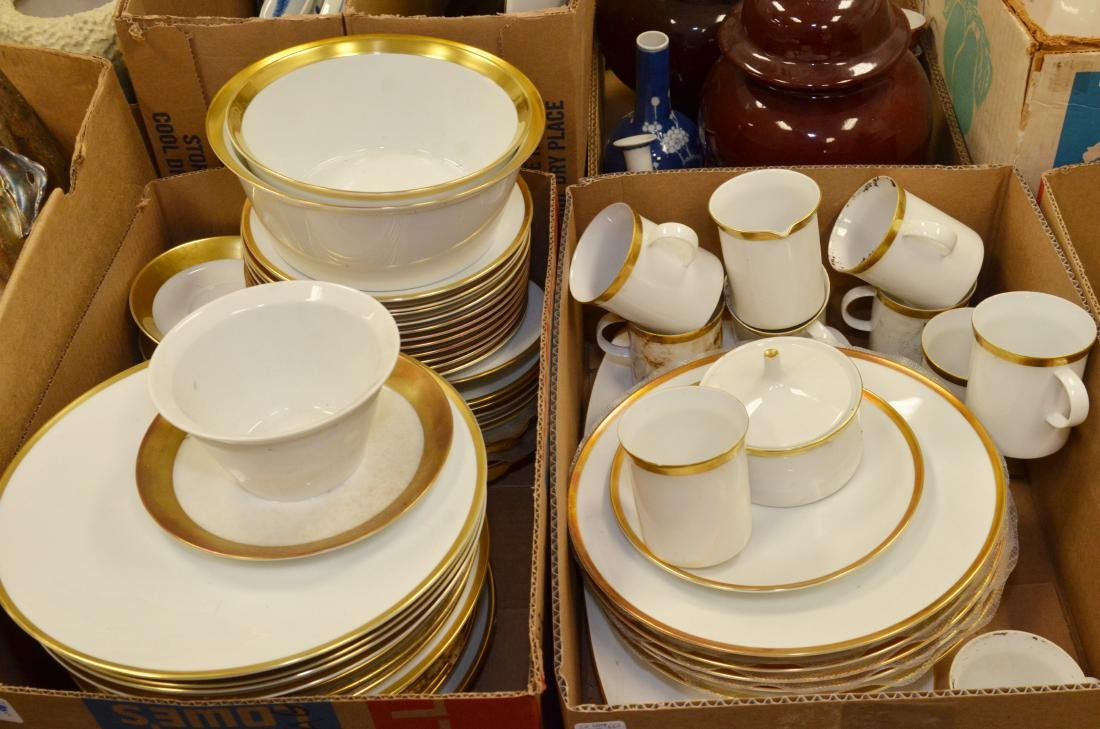 ROSENTHAL PORCELAIN DINNER SERVICE (74 PIECES) (VARIOUS