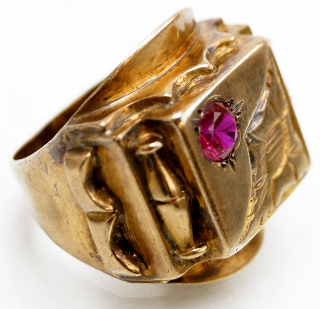 VINTAGE 14K YELLOW GOLD AND SYNTHETIC RUBY RING. RING - 2