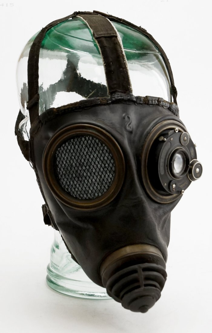 WWI ERA GAS MASK WITH MODIFIED EYE LENSES ON VINTAGE