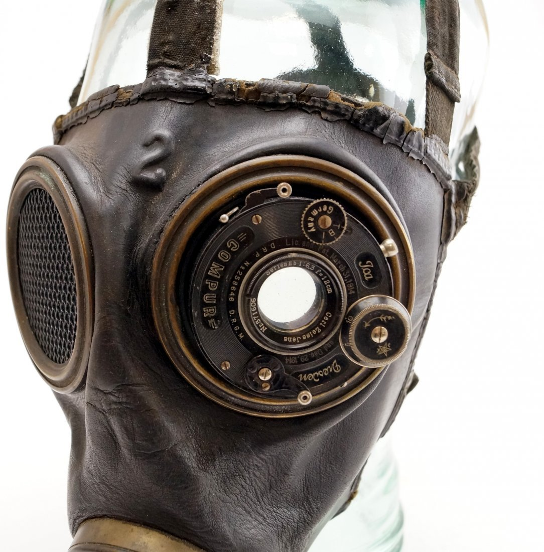 WWI ERA GAS MASK WITH MODIFIED EYE LENSES ON VINTAGE - 2