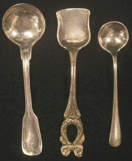 5: LOT (17) ASSORTED SALT SPOONS