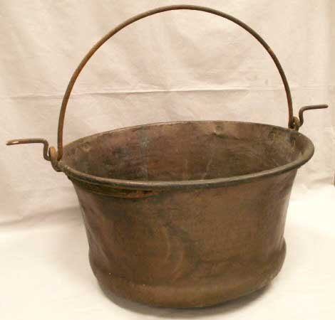 15: CONTINENTAL COPPER WROUGHT CAULDRON