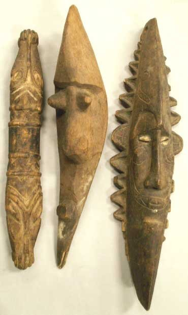 1003: LOT (3) OCEANIC CARVED ARTICLES