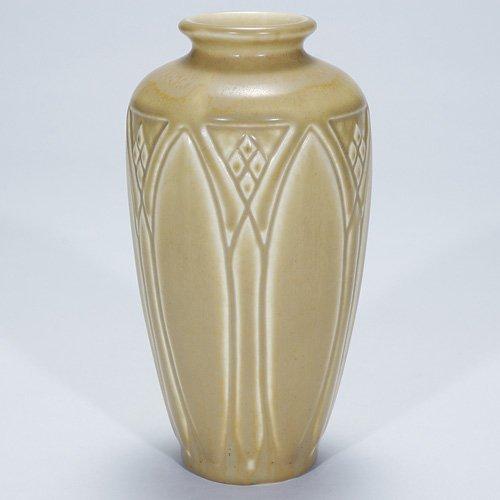 "1011: Rookwood 7"" production vase, tan mat, 1931"