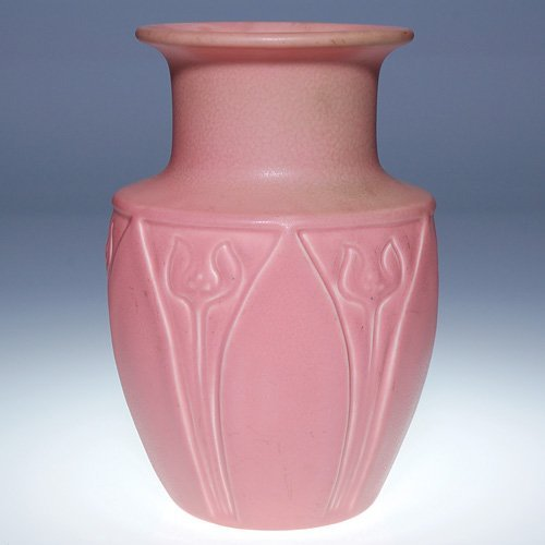 "1009: Rookwood pink production vase, 1930, 7 1/2"""