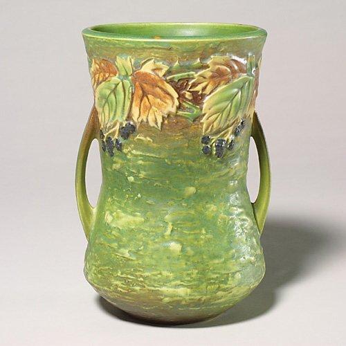 0011: Roseville Blackberry vase, 577-10, , ri
