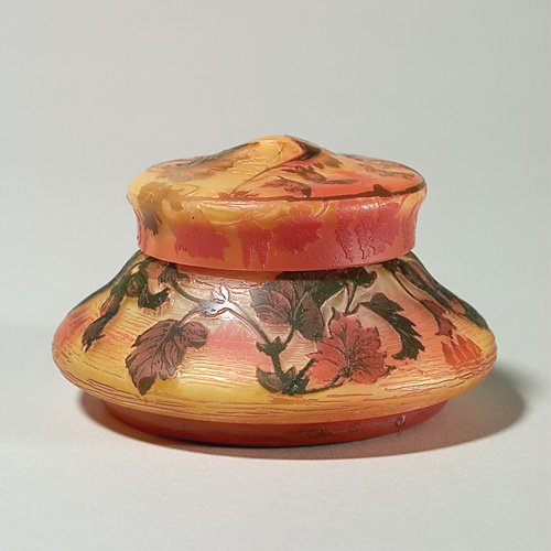 1214: deVez cameo covered bowl, height 3 1/8""