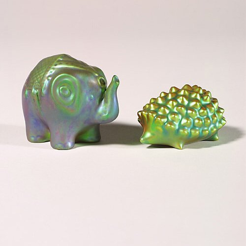 0505: Two Zsolnay Eosin animals, hedgehog + e