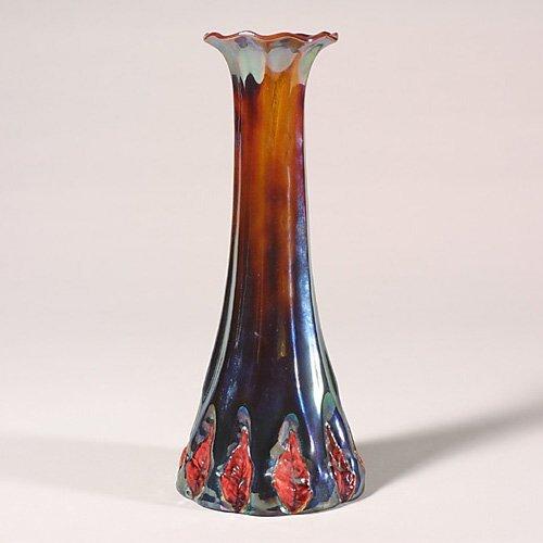 0514: Zsolnay vase, metallic glaze, red leave