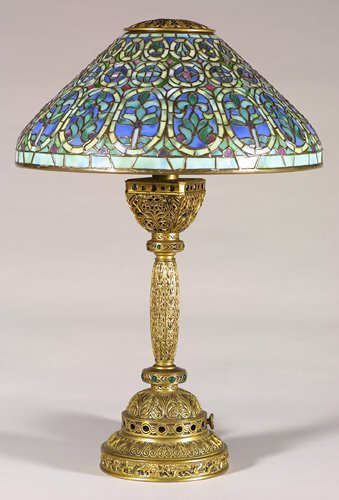 1281A: Tiffany Venetian leaded desk lamp, sha