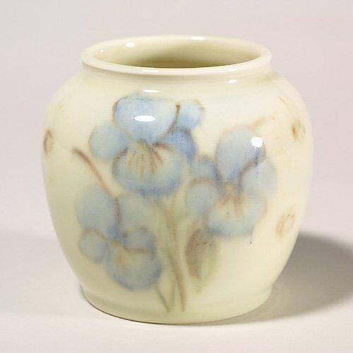 1411: Rookwood vase, 1945, 5319 D, Holtkamp,
