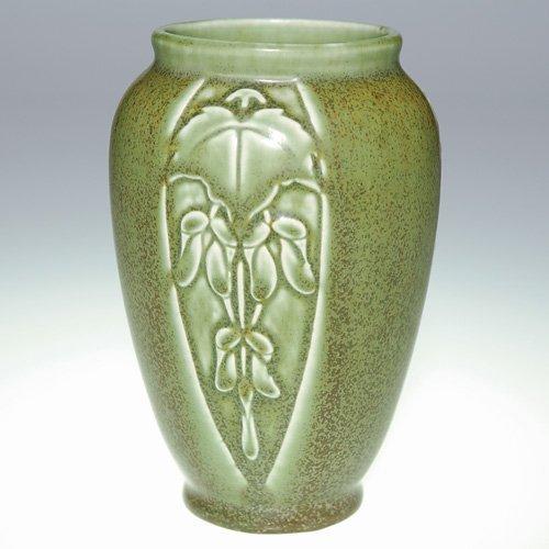1014: Rookwood green mat production vase, 1922