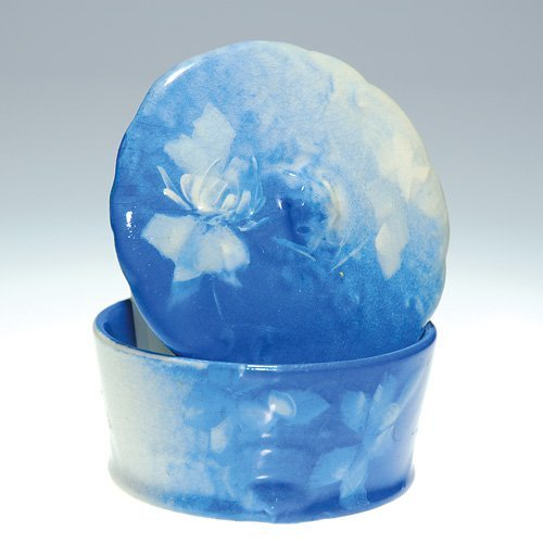 "4: Roseville Azurean 2"" lidded box, floral"