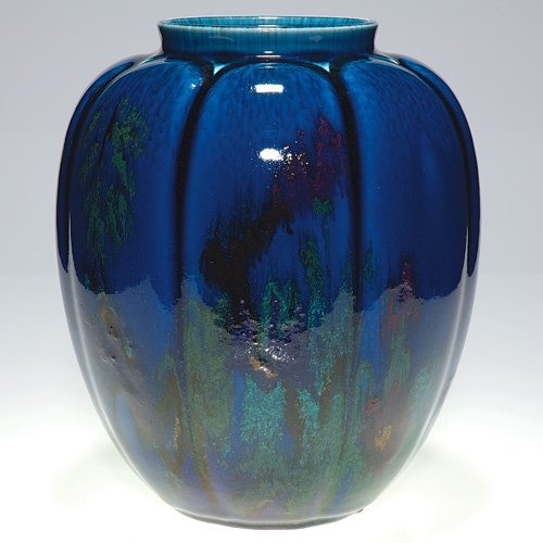 1020: Rookwood porcelain urn, abstract, ETH