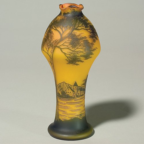 608: Richard cameo vase, Alps village, river landscape,
