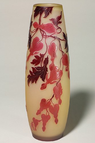 649: Galle' cameo vase, ruby & red bleeding hearts, 17