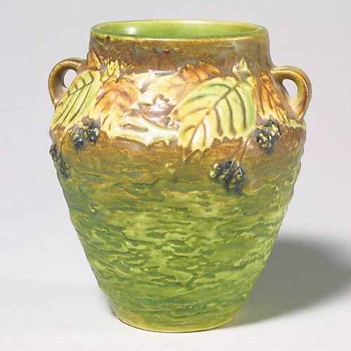 23: Roseville Blackberry vase, small handles,