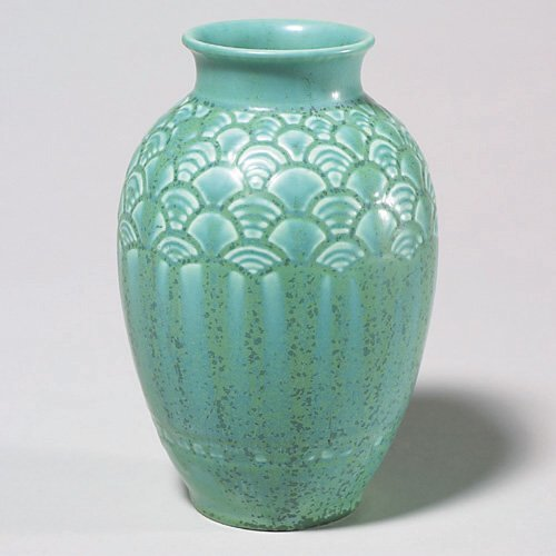 622: Rookwood mat production vase, green crys
