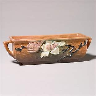 "Roseville Magnolia planter, rose, 389-8"""