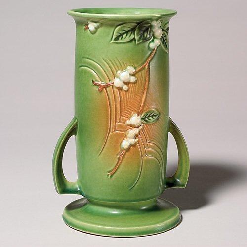 "8: Roseville Snowberry vase in green, shape IVI-9"""