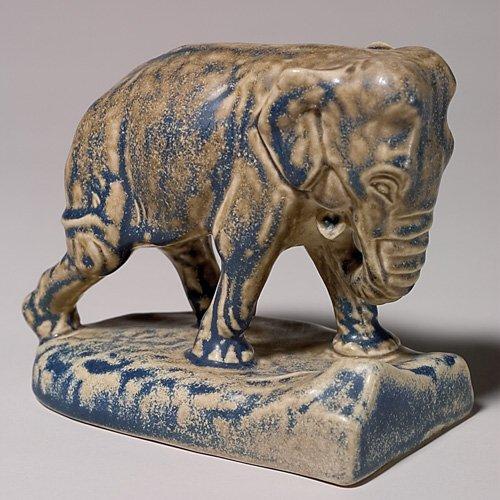 "17: Rookwood single elephant bookend, 1922, 47/8"",blue/"