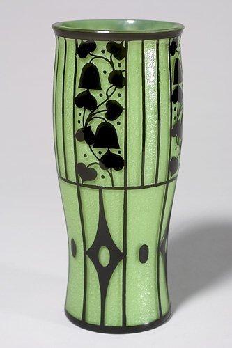 722: Loetz vase, Josef Hoffmann,green w/black design, 1