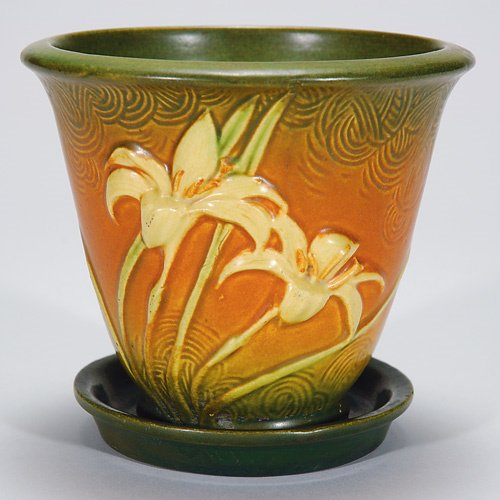 6: Roseville Zephyr Lily pot and underplate, nick on tr