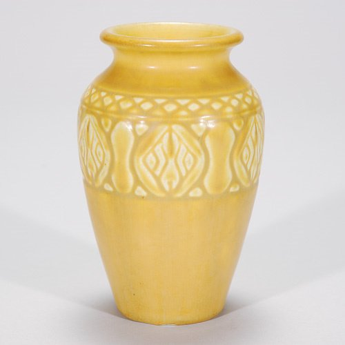 816: Rookwood yellow mat production vase, 1928, base ch
