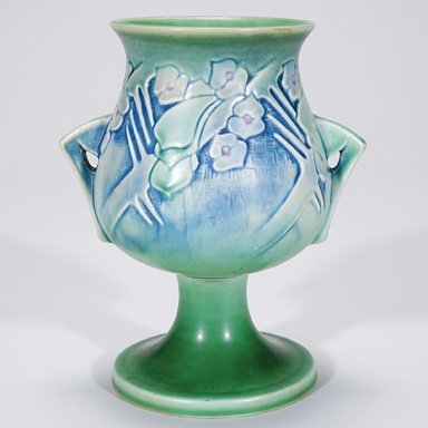 "15: Roseville Clemana vase in blue, shape 122-7"""
