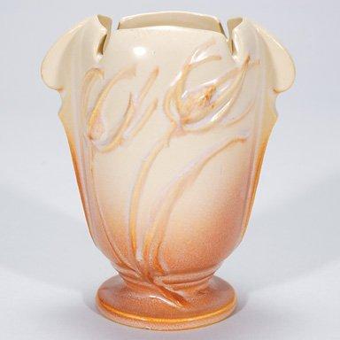 20: Roseville Teasel vase, ivory to terra cotta, shape
