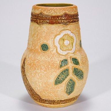 """21: Roseville Mostique vase, 11 5/8"""""""