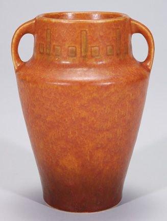 0019B: Roseville Windsor vase in brown, shape 546-6