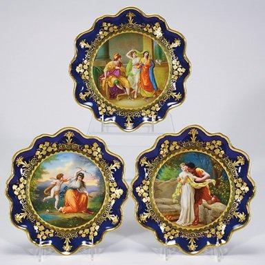"""511: Royal Vienna plates, 3, beehive mark, 9 1/4""""D"""