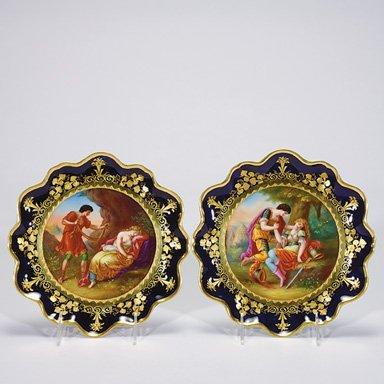 """512: Royal Vienna plates, 2, beehive mark, 9 1/4""""D"""